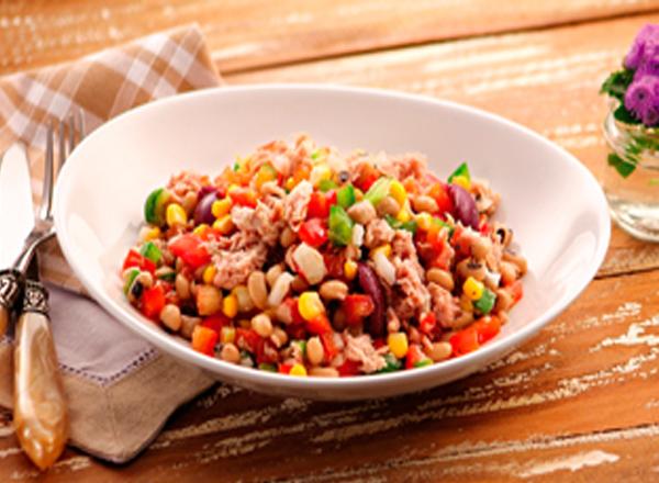 Salada mexicana é uma delicia e fácil de preparar