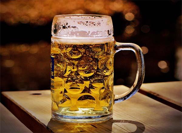 Carrefour lança cerveja Nauta