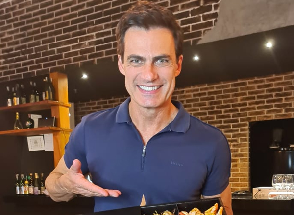 Carlos Casagrande abre restaurante japonês em Goiânia