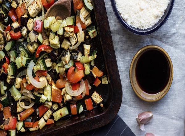 Salada de Legumes assados para quem quer uma alimentação saudável