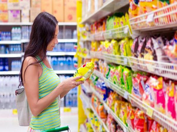Alimentos ultraprocessados podem reduzir longevidade. Entenda as consequências
